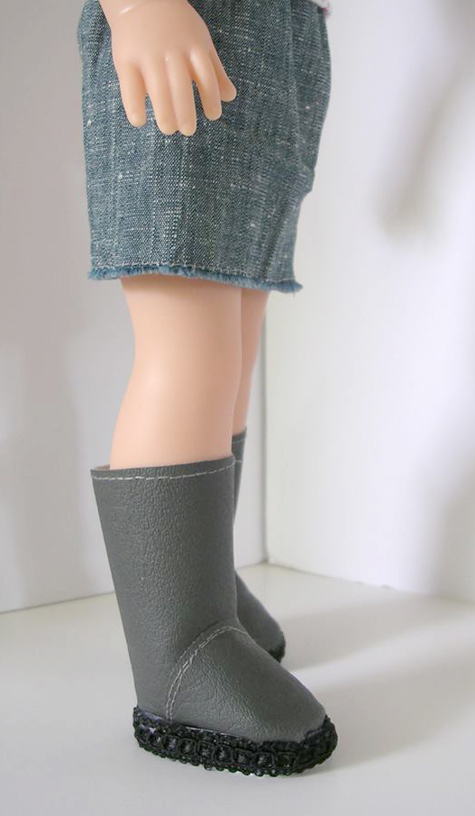Basic Side-Zip Boots pattern tested by Lesley Trantham